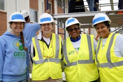 Cate poses with GRID Mid-Atlantic volunteers