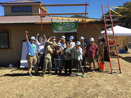 Mendocino College student group at the Pinoleville Pomo Nation prototype home