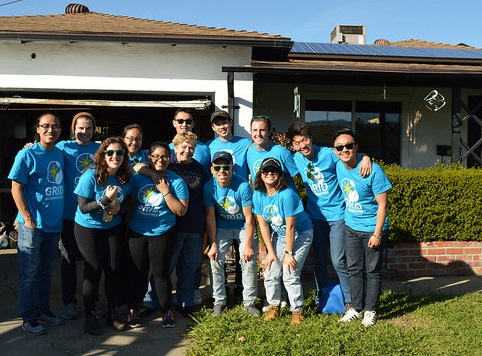 Solar Spring Break group with solar client, Kriston
