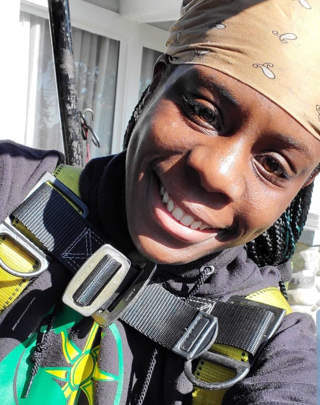 LaNetra takes a selfie in her GRID gear