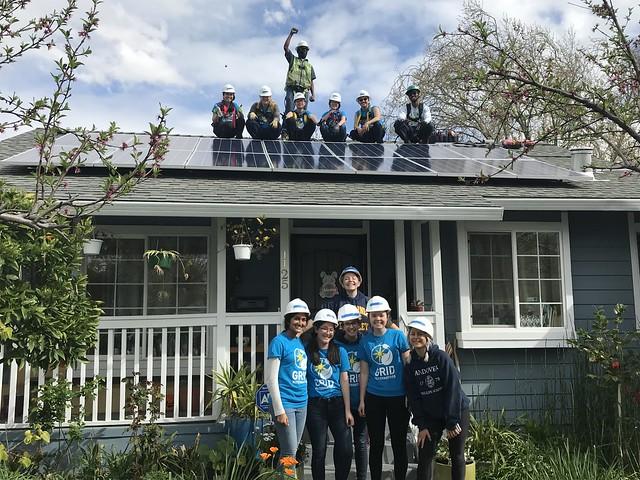 IMG: UCB Solar Spring Break Students at Install
